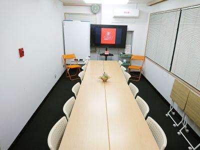 最大16名がご利用できるスペースです。 - アーキヒルズ西新宿7ベース 【新宿・西新宿】レンタルスペースの室内の写真