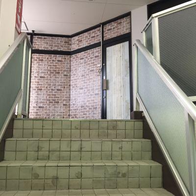 会議室前玄関 - スターネスジャパン会議室 吹上のレンタルスペース、貸会議室の室内の写真