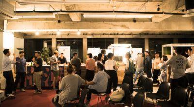 関内フューチャーセンター ワークショップスタジオの室内の写真