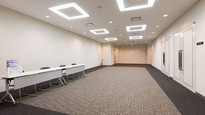 大阪会議室 大阪御堂筋ビル M1会議室(地下4階)の入口の写真