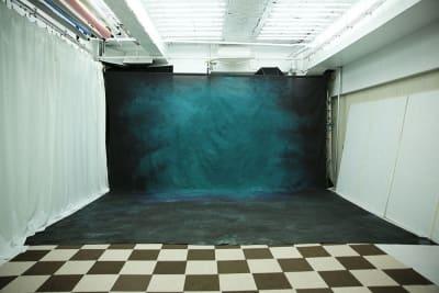大型背景緑 設置使用料2000円 - 蒲田センタービル504 クロマキー撮影 レンタルスタジオの室内の写真