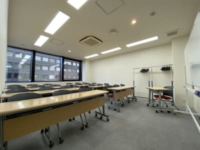 名古屋会議室 栄店 第401会議室(4階)の室内の写真