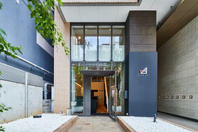 マンションの1Fテナントです。ガラス張りの入り口からお越しください。 - ACTBE Horieイベント貸 レンタルスペースの外観の写真