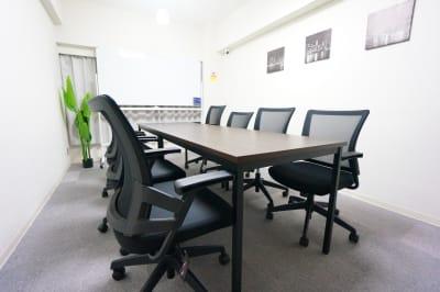 【シティ会議室】 Wi-Fi無料の貸し会議室♪の室内の写真
