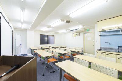 貸会議室ビズモア東京駅八重洲 レンタル会議室の室内の写真
