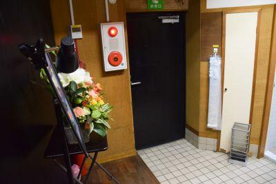 中野シアターかざあな お笑いライブハウスの室内の写真
