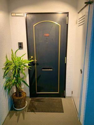 レンタルジム 南小倉駅前 GLAD GYM 南小倉店の入口の写真