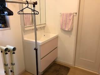 独立更衣室  洗面台 - スタジオKaveri 東林間 レンタルスタジオの設備の写真