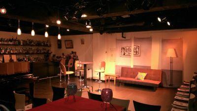 多目的フリースペース 絵空箱 フリースペース&カフェ【絵空箱】の室内の写真