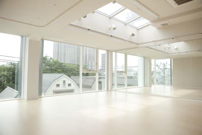 H&Tスタジオ ダンススタジオの室内の写真