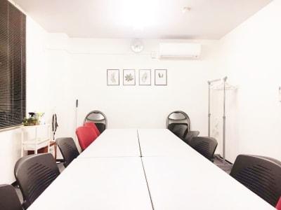 ◆コンフォートスペース 本町◆ 会合、セミナー、オフ会、撮影の室内の写真