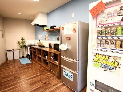 大阪ゲストハウスNEST ホステルラウンジの設備の写真