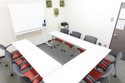 みーてぃんぐすぺーす本町 貸し会議室の室内の写真