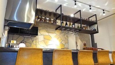 伽琉駝門(カルダモン)カフェ カフェスペースの室内の写真