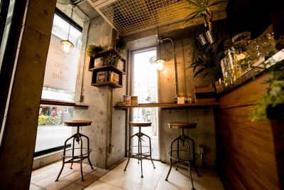 howzlife Cafe 1F カフェスペース の室内の写真