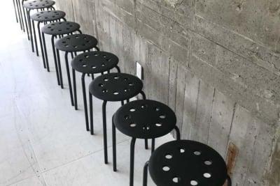 簡易椅子10脚 - SESSIONS  003 SESSIONSギャラリーの設備の写真