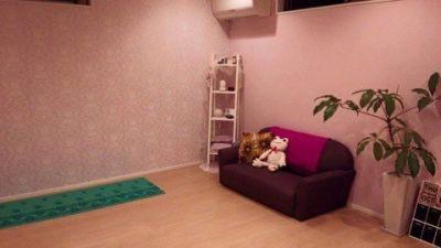 SALON Magenta サロンスペースの室内の写真