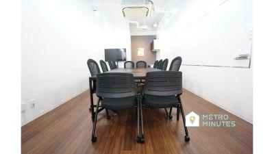 【TK会議室】 高速光wifi完備の貸し会議室♪の室内の写真