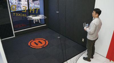 協和産業ドローンフライトスペース ドローン練習スペースの室内の写真