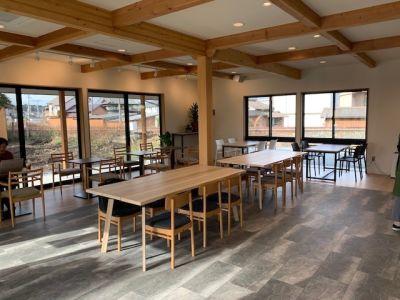 cafe&space 七十二候 カフェスペースの室内の写真