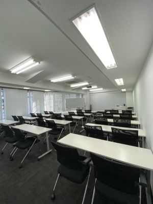 ONE DAY OFFICE TOKYO 【朝会・交流会専用】4階会議室Ⅰの室内の写真
