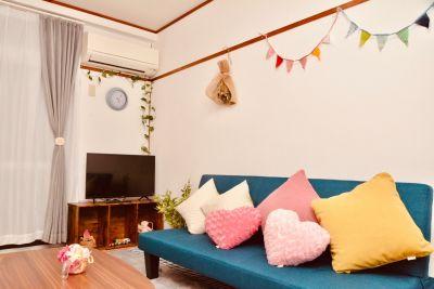 テレビとDVDデッキがあります(ブルーレイは対応していません) - 八幡山駅【KPstudio】 レンタルスペースの室内の写真