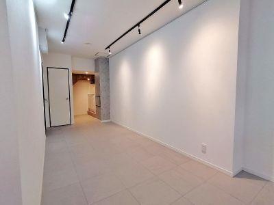 G201 駅近の静かで清潔な個室スペースの室内の写真