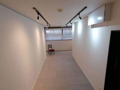 1日貸しの場合は備品の移動を承ります。 - G201 駅近の静かで清潔な個室スペースの室内の写真