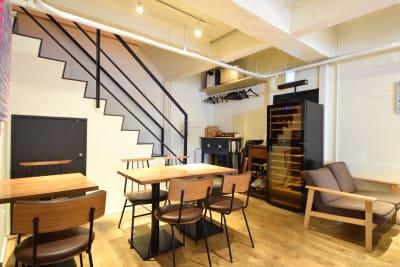 ルビーオン青山 カフェレストラン(1階)の室内の写真