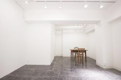 GALLERY SPINDLE 展示スペース、ギャラリースペースの室内の写真