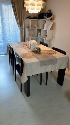 六畳の一部屋 ネイル まつエク サロンスペースの室内の写真