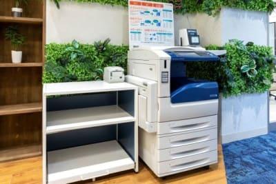 BIZcomfort神戸元町 セミナールーム<最大26名>の設備の写真
