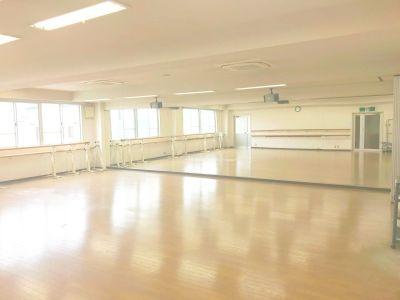 スペースサーティ レンタル ダンススタジオの室内の写真
