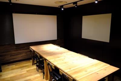 レンタルスペースいいオフィス渋谷 レンタルスペースの室内の写真