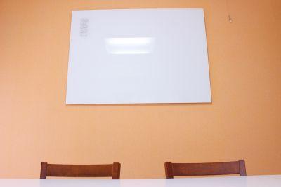 Cooee麹町4B レンタルスペース 会議室の設備の写真