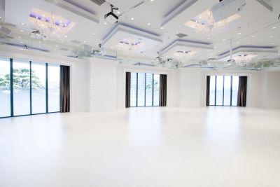 ファストウエディングヴィータ パーティールームの室内の写真