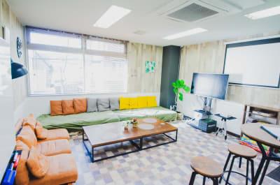 TS00133東新宿 パーティスペースの室内の写真