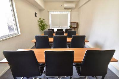 エキチカ会議室モカ 貸し会議室の室内の写真