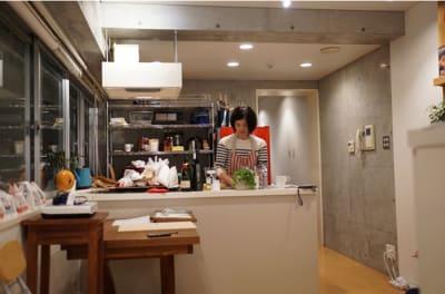 Kitchen Bee 会議室の室内の写真