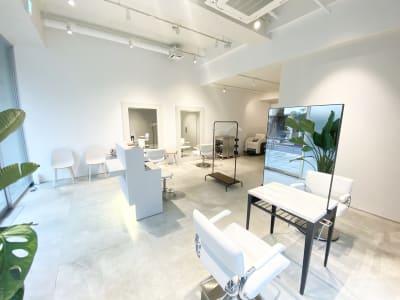 エレガントでちょっぴりカジュアルな雰囲気です✨ - Special ヘアサロン シェアサロン✨(面貸しプラン①)の室内の写真