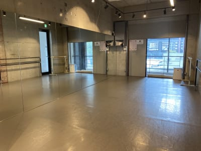 AR studio 多目的スペースの室内の写真
