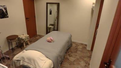 仙台エステサロンはなまり レンタルサロンの室内の写真