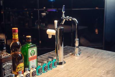 有料オプション生ビール飲み放題 - 渋谷ファイブビルVIP ROOM 渋谷ラウンジ「VIP ROOM」の設備の写真