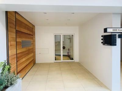 レンタル会議室「BBB」 BBBレンタル会議室の入口の写真