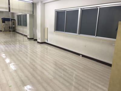 秋葉原スタジオ Tera-coya(てらこや) 4F多目的フロアの室内の写真