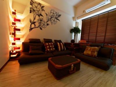 フランクロイドのインテリアライトだけだと、こんな雰囲気に♪ - Lv5目黒川の室内の写真