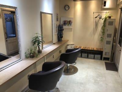Fable Hairstudio 貸し切り利用の室内の写真
