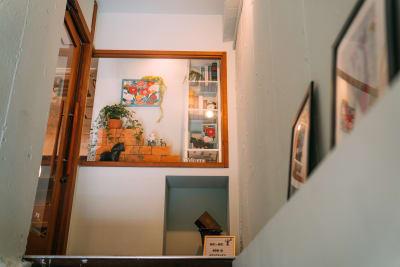 レンタルスペースmoi-moi 北欧スタイルの室内の写真