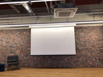 YOLO BASE イベントスペース(多目的)の設備の写真
