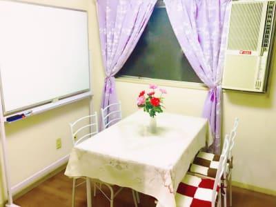アットホーム ③  割引プラン新宿三丁目1分コンパクの室内の写真